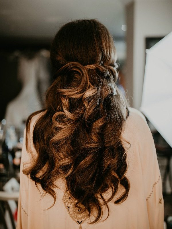 Studio Seven - Can we just appreciate the art of the Updo!? Bridal hair by Amy