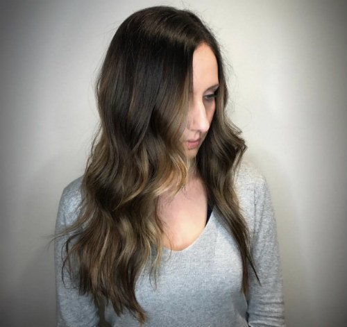 Studio Seven - Peep those caramel face-framing highlights! Perfectly executed by our Level Five stylist - Jill