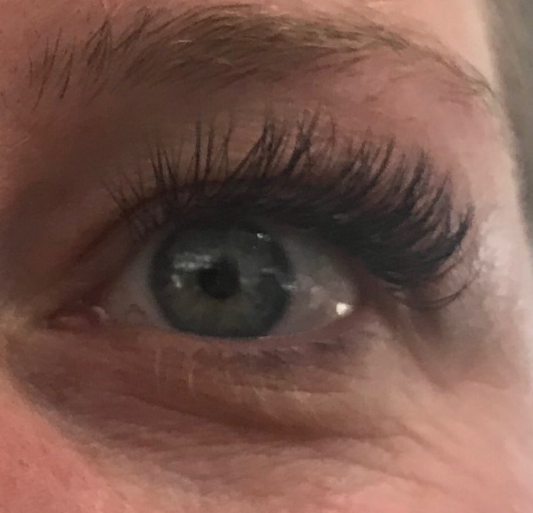 Lashes by Magda
