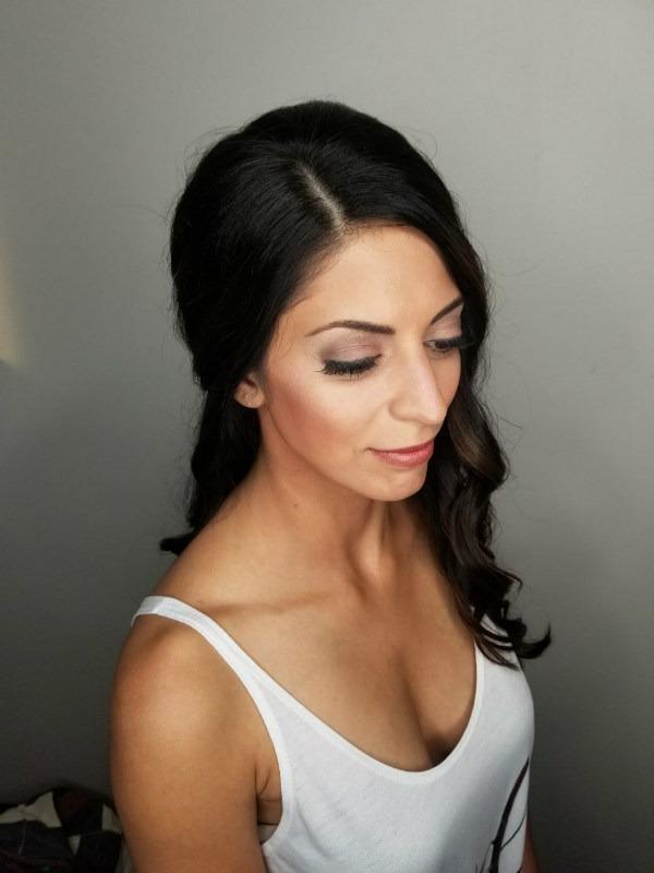 Studio Seven - Beautiful Bride